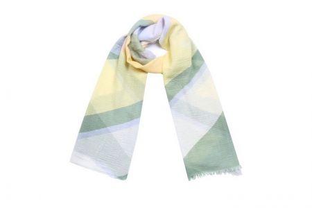 sjaal met pasteltinten