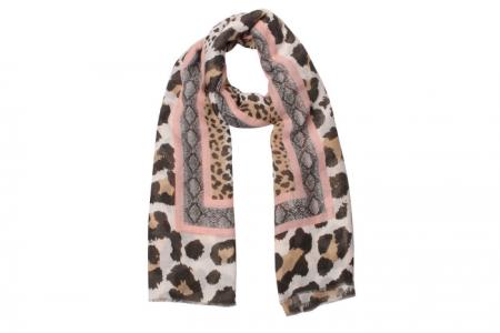 sjaal met luipaardenprint en slangenprint