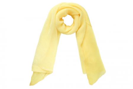 gele plisse sjaal